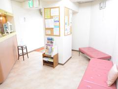 中台寿一歯科医院 設備紹介 待合室
